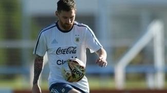 AFA irá apelar contra suspensão de Messi e quer que o craque fique fora de só mais um jogo