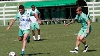 Jogadores do Goiás querem quebrar o jejum de vitória na Série B