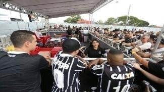 Esquenta da Fiel, realizado no sábado (4/3) demonstra boa iniciativa do Corinthians para movimentar sua arena