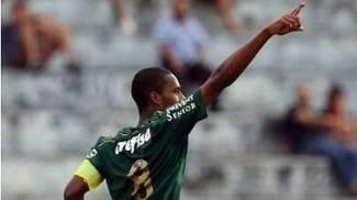 Matheus Sales é o capitão da equipe sub-20 do Palmeiras
