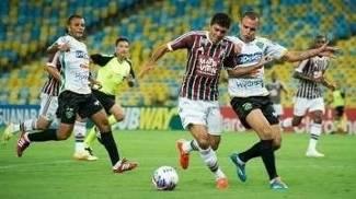 Fluminense e Tigres duelaram neste sábado no Maracanã