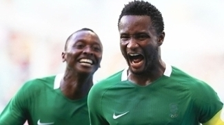 Obi Mikel Comemora Gol Nigeria Dinamarca Futebol Rio-2016 13/08/2016