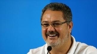 O técnico Rogério Micale durante entrevista coletiva pela seleção