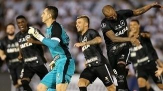 Grupo da morte, cheguei! Pelas mãos de Gatito, Botafogo avança na Libertadores