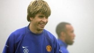 Piqué atuou no Manchester United