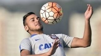 Maycon é titular do time do Corinthians
