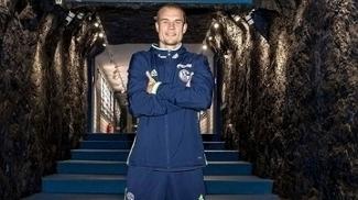 Holger Badstuber assinou com o Schalke 04