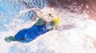Sarah Sjostrom superou Ledecky e fez o melhor tempo das semifinais
