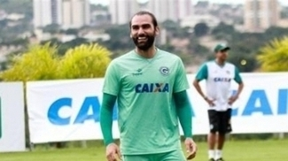 Jogadores do Goiás durante treino da equipe