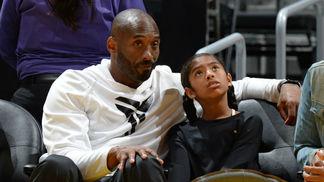 Kobe Bryant e a filha Gianna, sua parceira de basquete