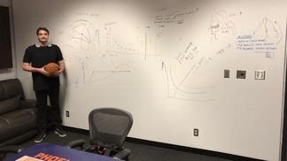 Desenhos na parede para os treinos do Phoenix Suns ce57f5c3aae