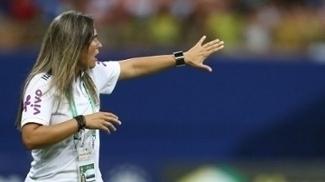 Emily Lima, durante jogo entre Brasil e Espanha