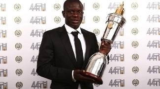 Kanté é eleito o melhor jogador da liga por colegas: 'Significa o mundo para mim'