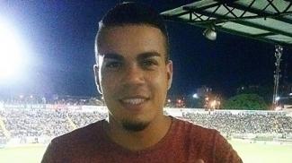 Carleto espera chance no Coritiba