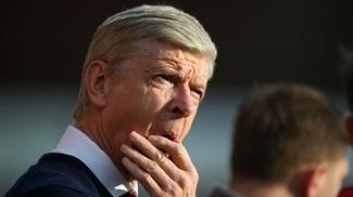 Wenger durante jogo do Arsenal contra o Southampton pela Premier League