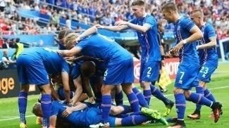 Islandeses fazem a festa: seleção está no mata-mata da Eurocopa 2016