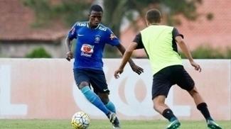 O flamenguista Vinícius Júnior em ação pela seleção sub-17