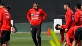 Vidal está de volta após ter cumprido suspensão no último jogo
