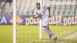 Kayke marca dois gols, Santos derrota o Novorizontino e confirma a liderança; ASSISTA