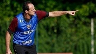 Rogério Ceni durante treino do São Paulo no CT da Barra Funda