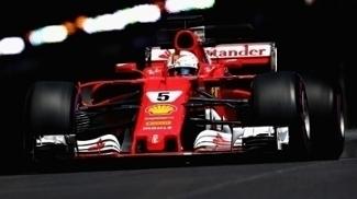 Sebastian Vettel durante o segundo treino livre para o GP de Mônaco