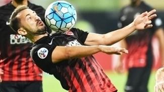 Everton Ribeiro Al-Ahli Lokomotiv AFC Champions 09/05/2017