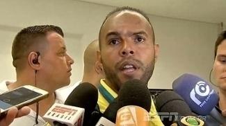 Alecsandro cutuca: 'Vieram com tudo porque não têm Libertadores para jogar'