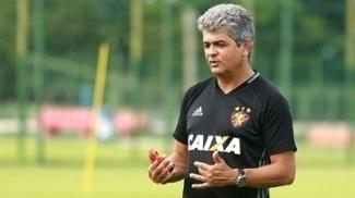 Ney Franco não divulga escalação do Sport