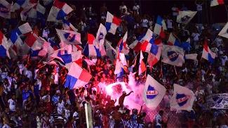 Nacional-URU empata com o River Plate-URU e se isola na liderança do Apertura uruguaio