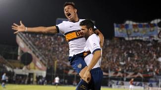Andres Chavez (esquerda), atacante do Boca