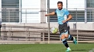 Com lesão muscular, lateral-direito Edílson desfalca o Grêmio por até duas semanas
