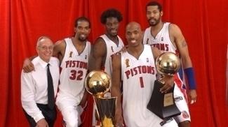 Trocas no prazo final? Na NBA, isso não acaba em título, diz história deste século