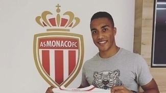 Youri Tielemans assinou por 5 anos com o Monaco