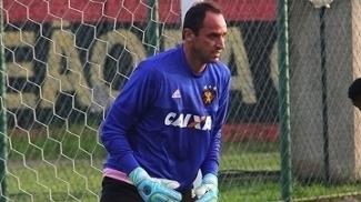 Magrão pede para que o elenco do Sport mude a postura