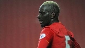 Sakho em ação pelo Liverpool contra o Arsenal