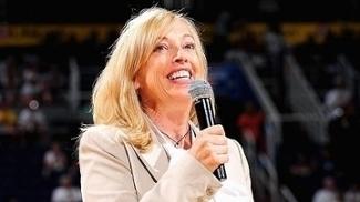 Como a dirigente Jay Parry está revolucionando o basquete feminino dos EUA