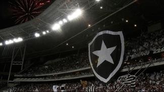 Mosaico da torcida do Botafogo no Engenhão