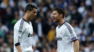 Cristiano Ronaldo e Xabi Alonso discutiram neste sábado: Nike ou Adidas?