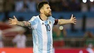 Lionel Messi jogando pela seleção argentina