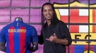 Ronaldinho, novo embaixador do Barcelona