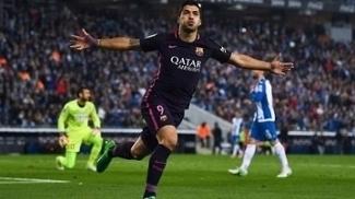 Suárez comemora primeiro gol do Barcelona