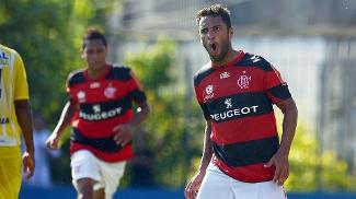 Ibson durante a partida contra o Madureira; em 'crise' com diretoria, meia não comemorou gol