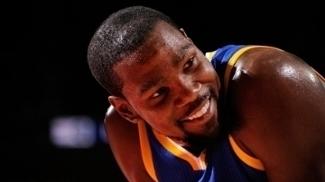 Kevin Durant pode voltar a jogar pelos Warriors antes do fim da temporada regular