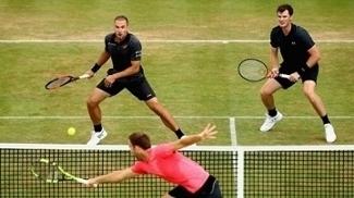 Bruno Soares e Jamie Murray estão nas semifinais em Queen's