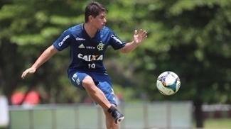 Conca treina com bola pela primeira vez, e Zé Ricardo vibra: Importante