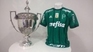 Camisa com a estrela vermelha em alusão à Copa Rio, que fará sua estreia nesta quarta na Libertadores