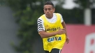 Hernández vira 'dor de cabeça' no Santos e não sabe quando vai estrear
