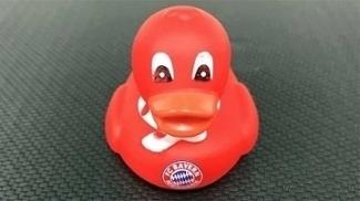 Bayern de Munique ironizou especulação sobre Cristiano Ronaldo com pato vermelho
