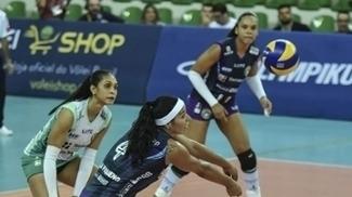 Paula Pequeno e o time de Brasília