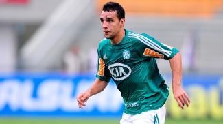 Atacante Caio pode desfalcar o Palmeiras contra o Libertad na quinta-feira